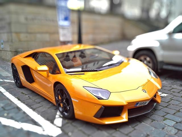 Lamborghini using tilt-shift